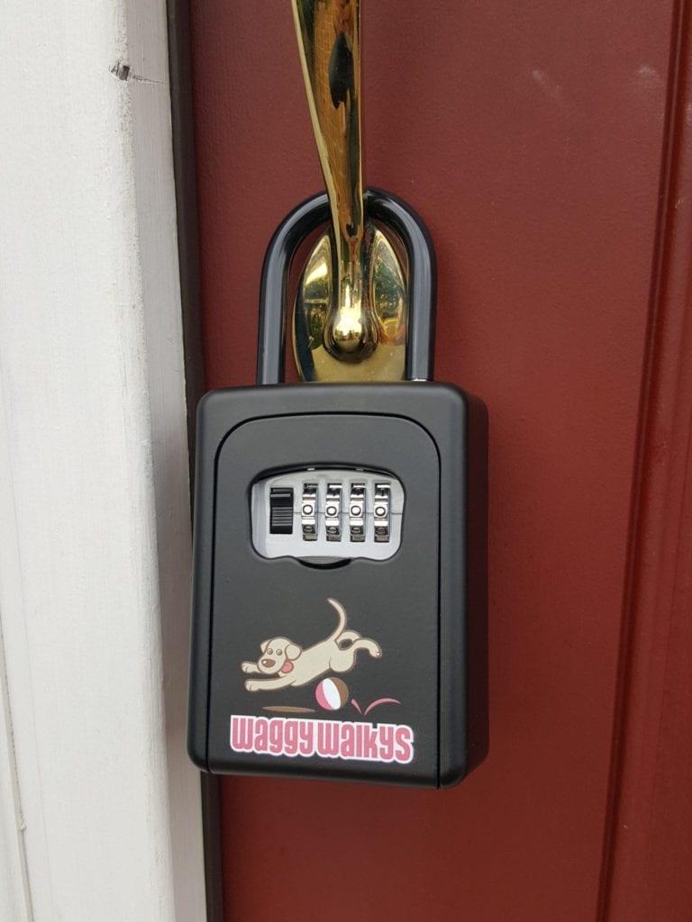 Waggy Walkys Lockbox Profile Photo