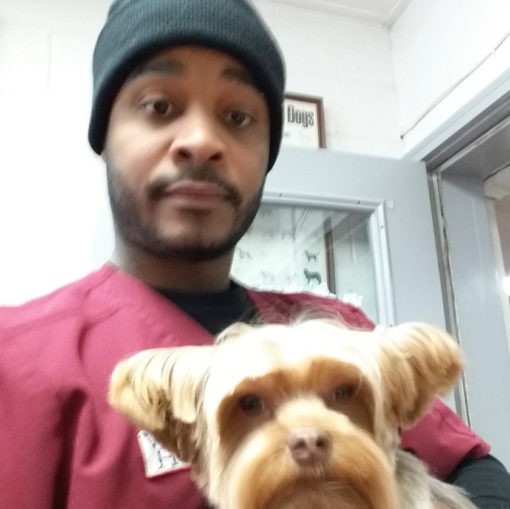 Marlon Tyner Dog Walker Profile Photo