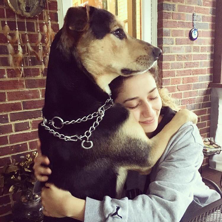 Rackel Jurdi Dog Walker Profile Photo
